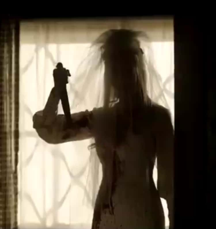 Annabelle's dead bride